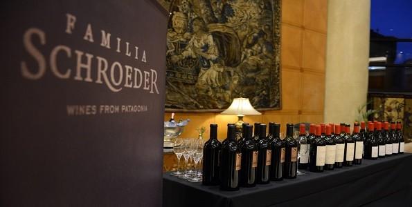 Bodega Familia Schroeder festeja el Día del Malbec